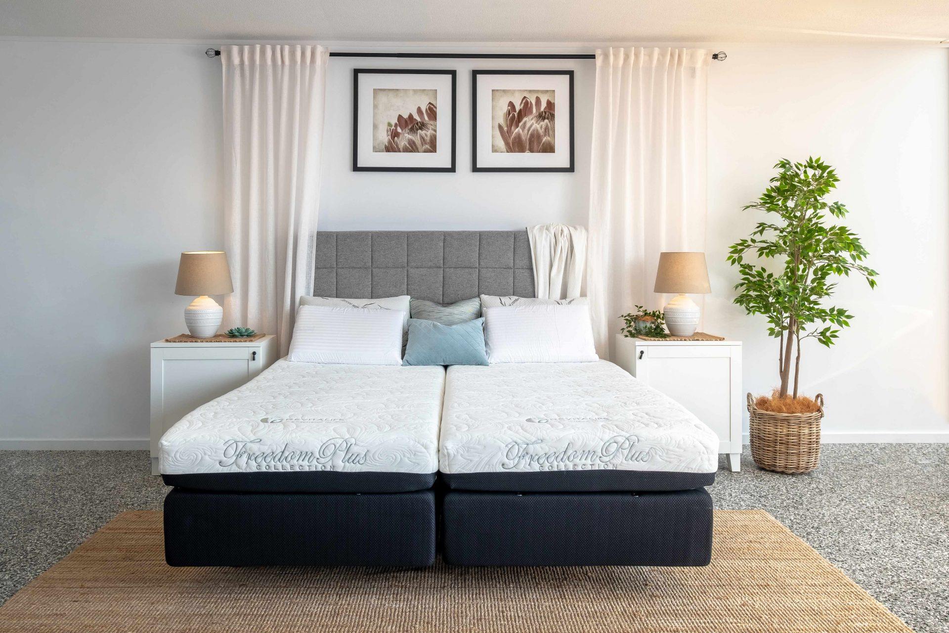 Revitalife Adjustable bed and Memory foam mattress